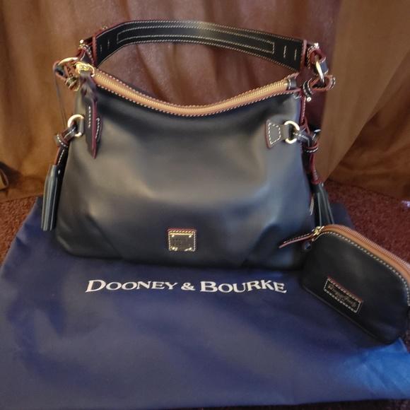 e3154cc1abce Dooney and Bourke set